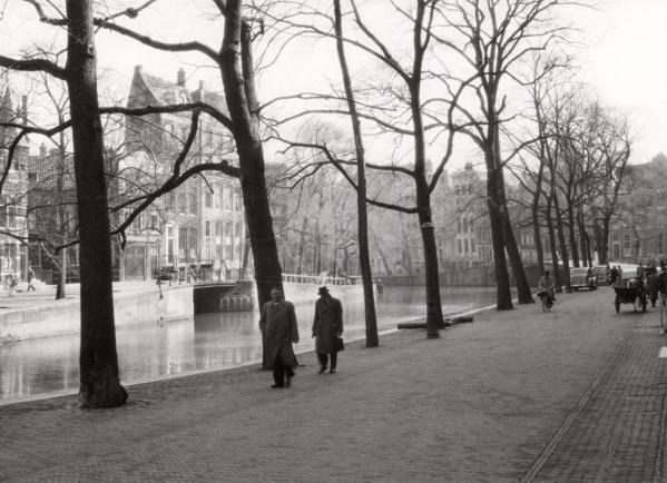 SFA005003384 Tweede Wereldoorlog. Sfeerbeeld van de Herengracht tijdens de oorlog [1940-1945]. Nederland,  Amsterdam