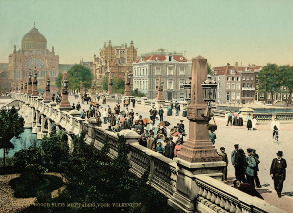 Amsterdam in Photochrome omstreeks 1900